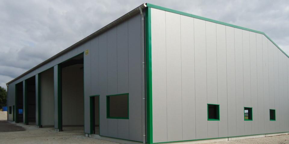 Bertin pailley constructeur de charpente m tallique dans - Calcul d un hangar en charpente metallique ...